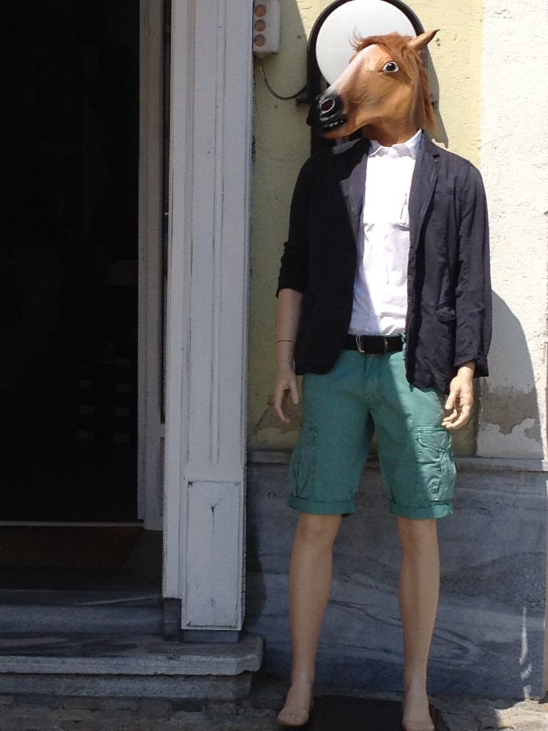 hier noch Kurt's neuestes Outfit