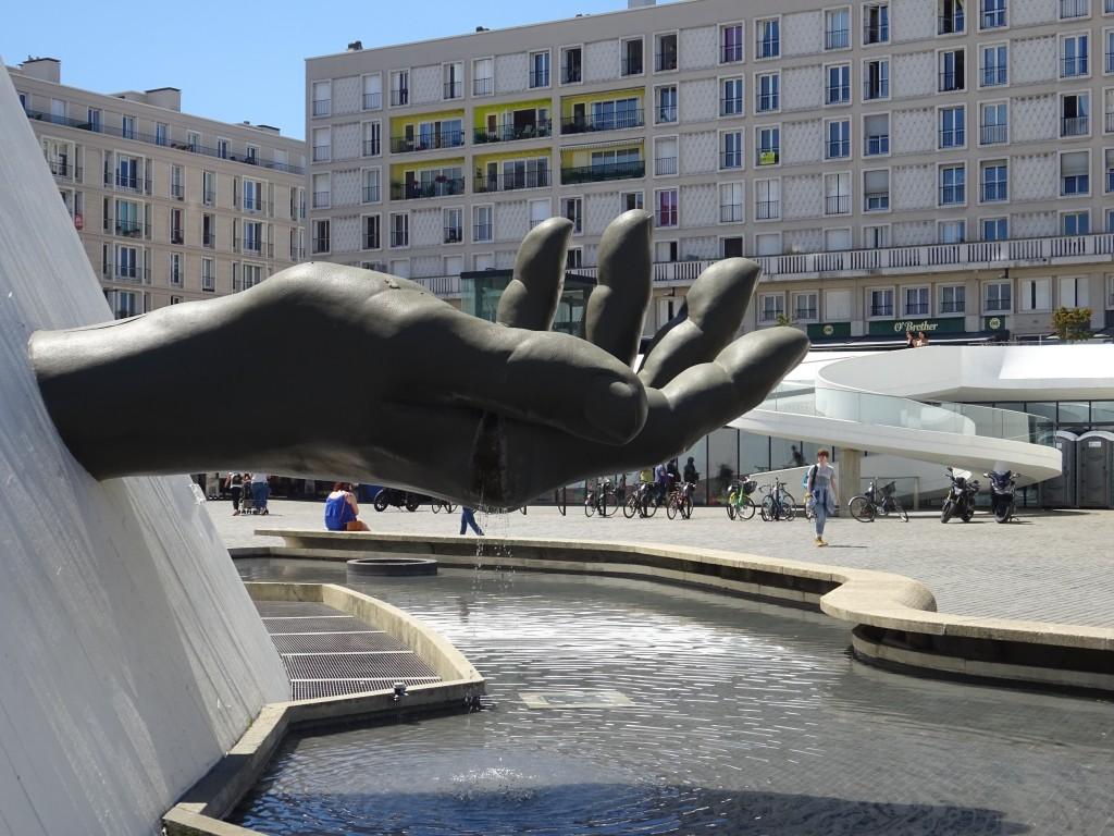 Symbol, wie die Zeit zwischen den Fingern zerrint